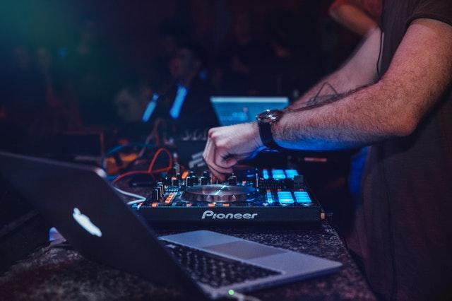 Svenska DJ